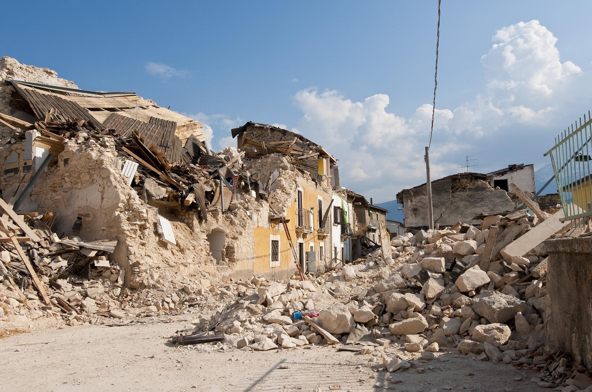 MinAmbiente reglamenta manejo y disposición en residuos de construcción y escombros